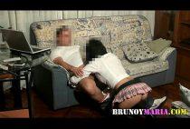 Pai comendo filha universitária xxx depois de sair da faculdade - http://flagrasamadoresbrasileiros.com